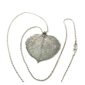 Jewelry - .925 Chain with Silver Leaf Pendent